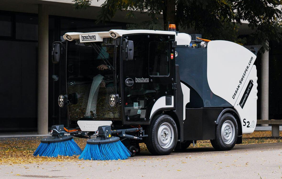 er Urban-Sweeper S2.0 meistert engste Gassen und bietet maximale Arbeitsleistung.