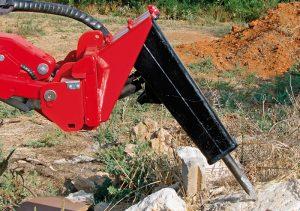 Der Gianni Ferrari Turboloader von Radlmaier bearbeitet Gestein.